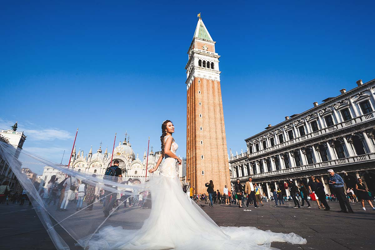 pre-wedding-bride-portrait-venice-italy