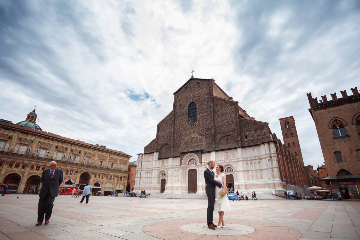 12 best locations for outdoor photoshoot in Bologna