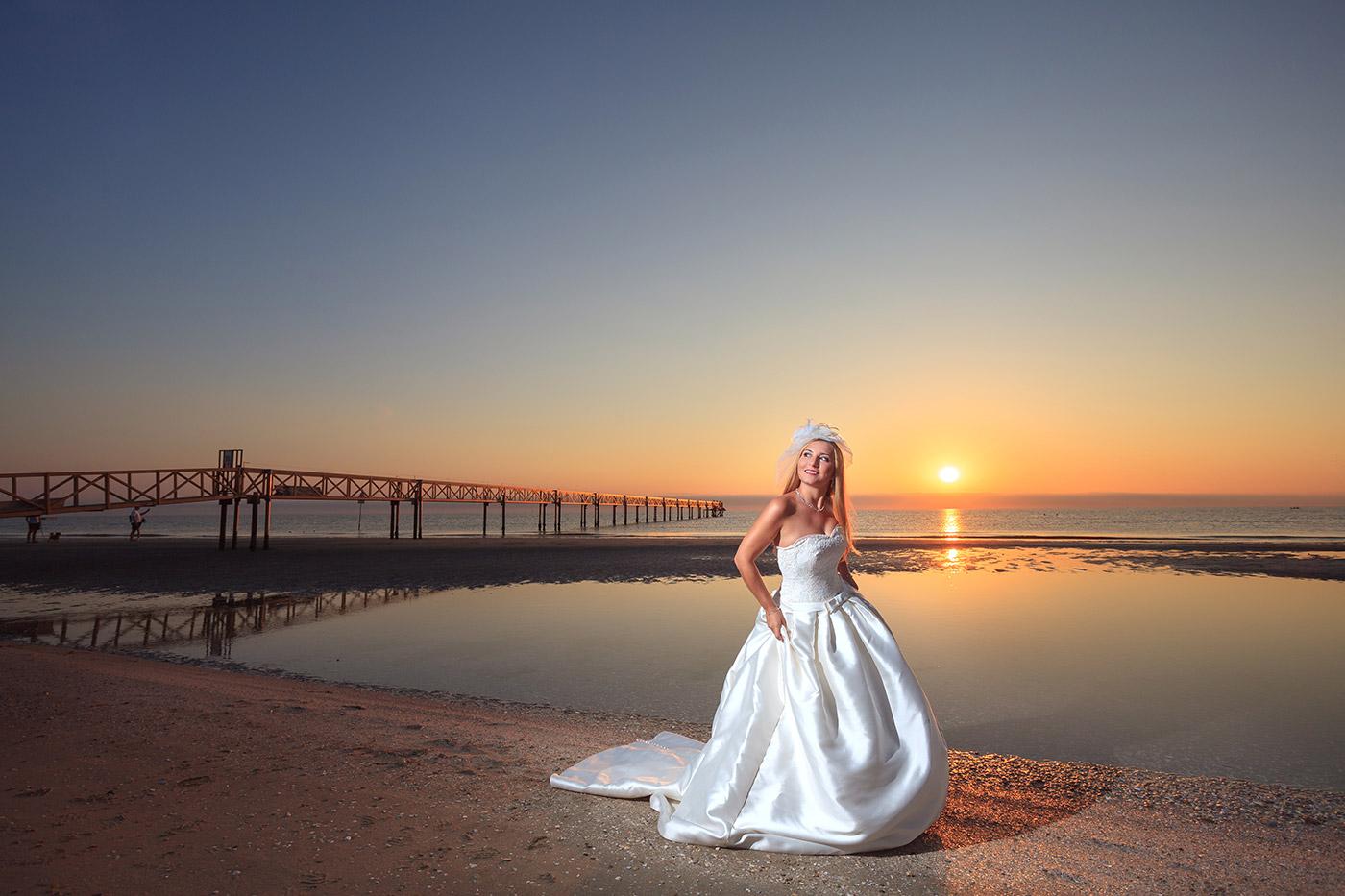 Matrimonio Spiaggia Italia : Fotografo matrimonio cesenatico italia spiaggia cristian